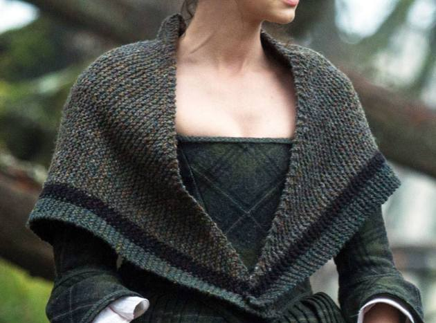 Claire's shawl from the last episode was amazing! I love all the knitwear they've used so far!